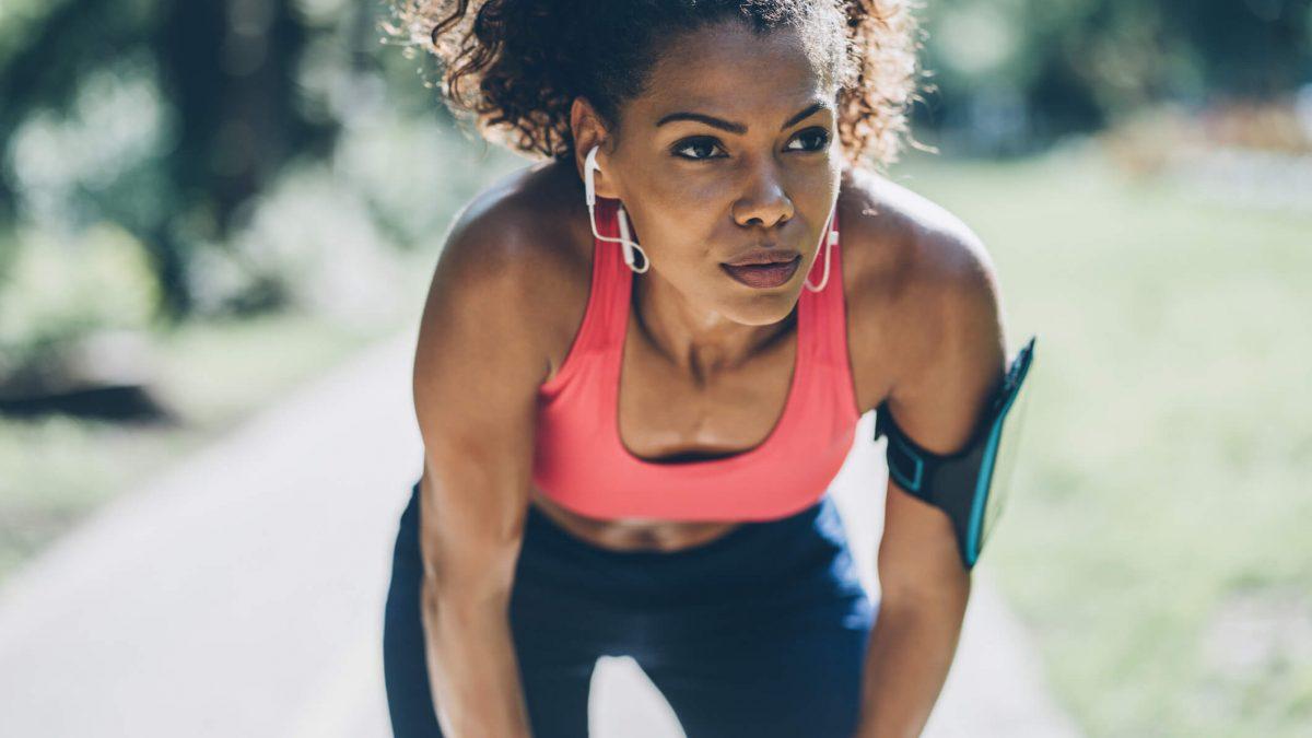 Outubro rosa: como prevenir o câncer de mama com atividades físicas